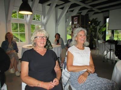 Yvonne en Ina beiden 25 jaar in dienst